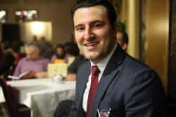 Përparim Avdili est politicien du PLR à  Zürich