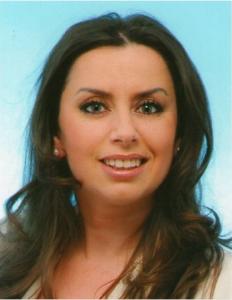 Vjollca Hajdari ist Politologin und Publizistin, Zuständig für Balkan- und Süd-Ost-Europa-Fragen bei Global Coorporation Council in Berlin