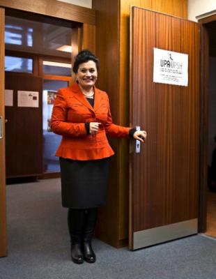 Albana Krasniqi Malaj est aujourd'hui directrice de l'Université populaire albanaise, qu'elle a contribué à créer en 1996. Image: Georges Cabrera
