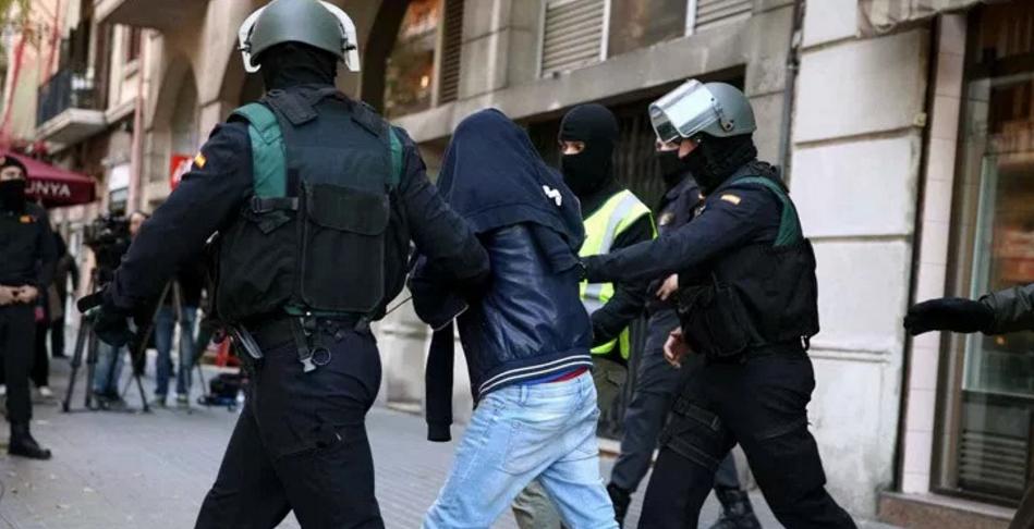 Aksion i madh policor kundër kontrabandës me refugjatë