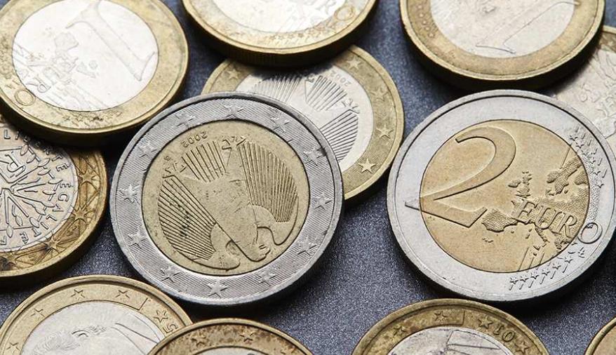 Euro  kurrë më i dobët në Shqipëri