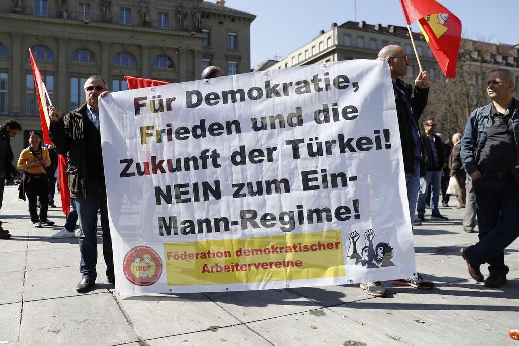 Protestë në Bernë kundër politikës së Erdoganit