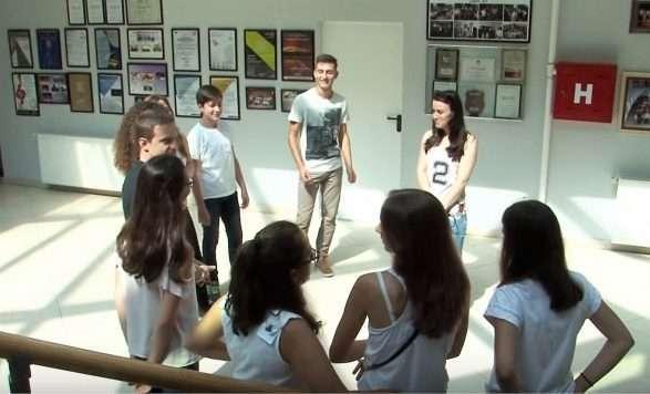 """9 nxënës nga """"Prenk Jakova"""" në kursin master në Itali"""