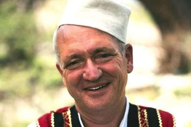 Albanologu Robert Elsie varroset në Alpet Shqiptare