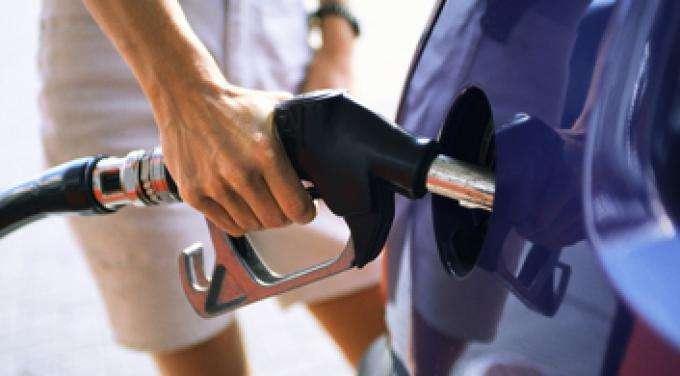 Naftë apo benzinë  Çfarë veture duhet të blini