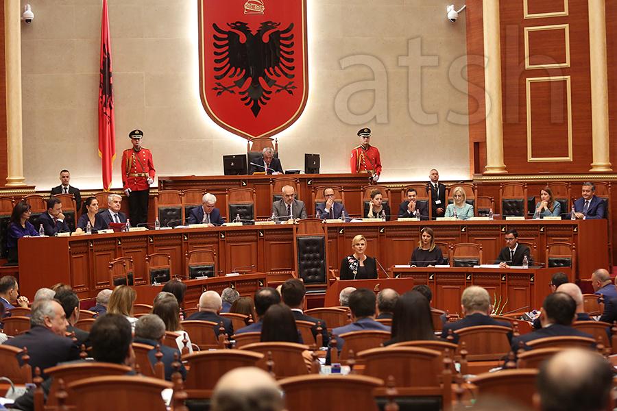 Grabar Kitaroviç  BE të njohë progresin e Shqipërisë