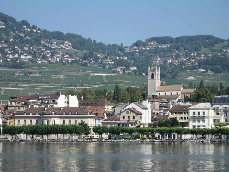 Top 10 destinacionet nga  Lonely Planet   mes tyre edhe një në Zvicër