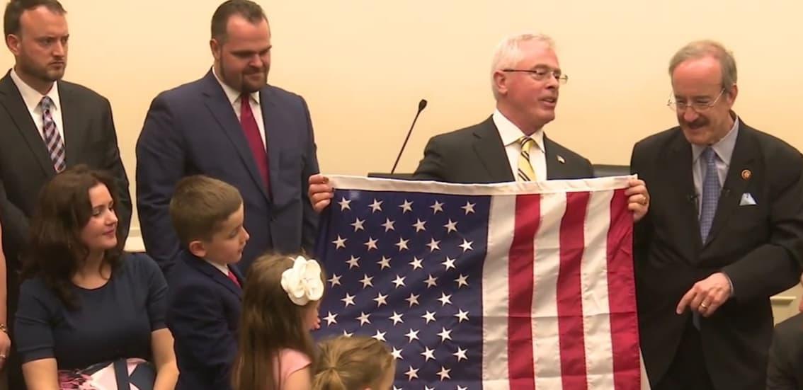 Kongresi amerikan nderon familjen e Harry Bajraktarit