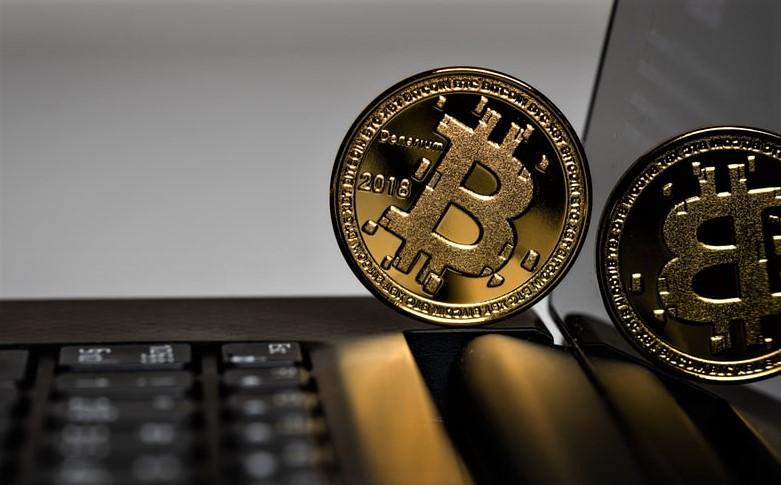 Bitcoin kapërcen kufirin e tij historik të çmimit