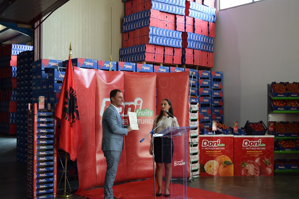 projekti-zviceran-ndihmon-shqiperine-te-eksportoje-ne-tregjet-europiane