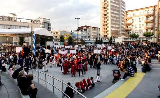 Vazhdon edhe sot festivali  Ylberi i Prishtinës