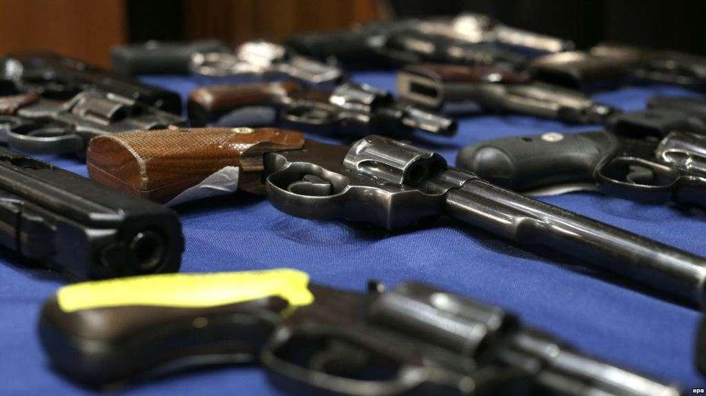 1700 persona aplikojnë për armëmbajtje në Kosovë