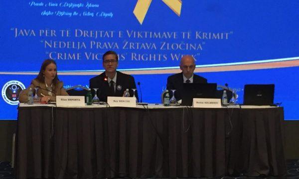 Detektivi amerikan  Kosovarët kanë shumë punë në luftën kundër krimit