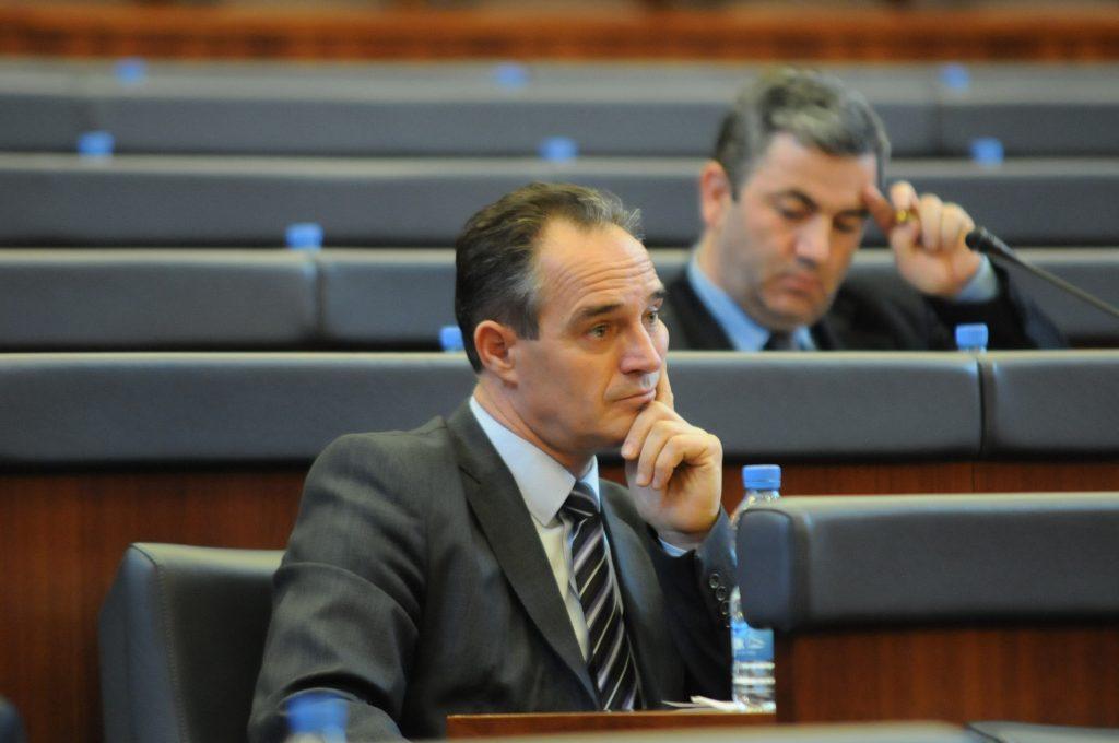Fillon punën ambasadori i ri në Tiranë