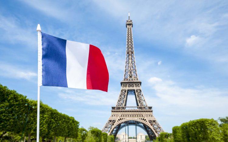 Franca jep 100 milionë euro për rindërtimin në Shqipëri
