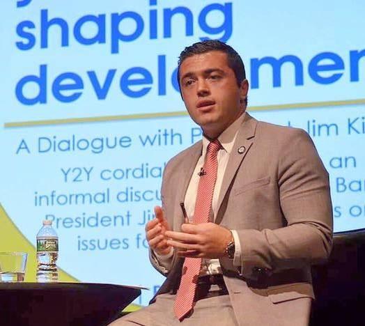 Eksperti shqiptar  studim në Bankën Botërore në SHBA