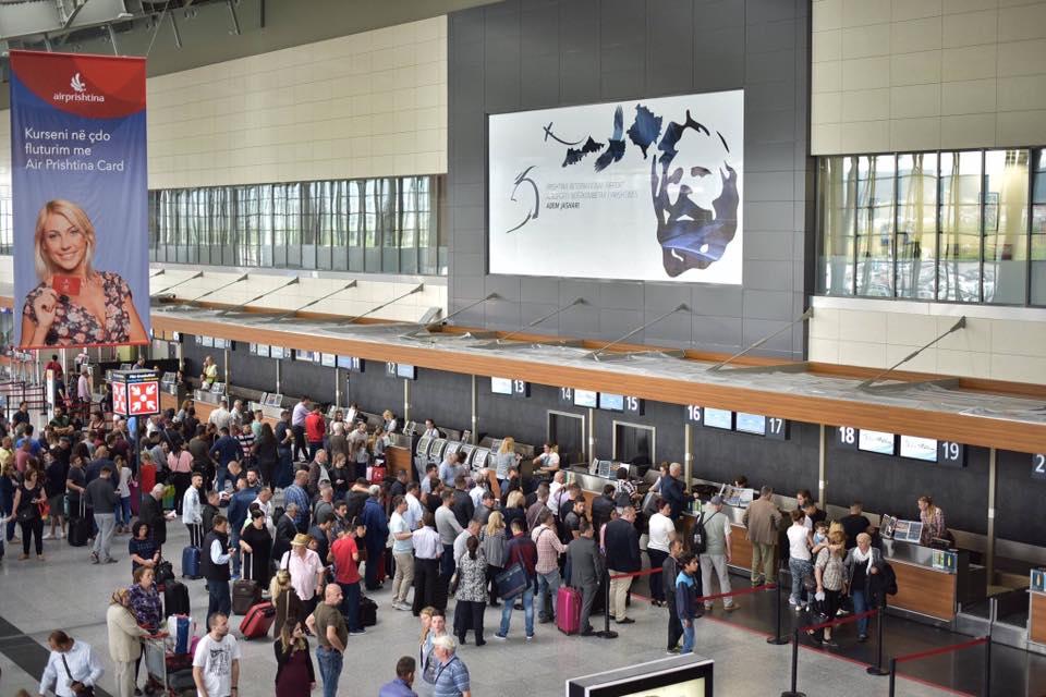 Nëntë fluturime do të realizohen sot në Aeroportin e Prishtinës