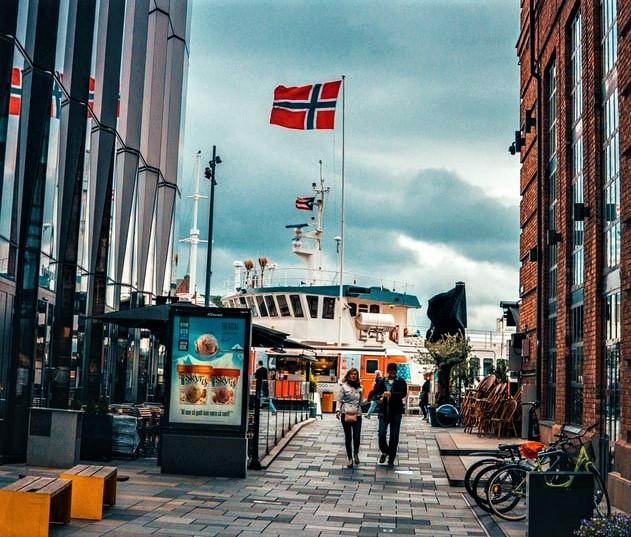 Norvegjia hap kufijtë për shumicën e vendeve evropiane