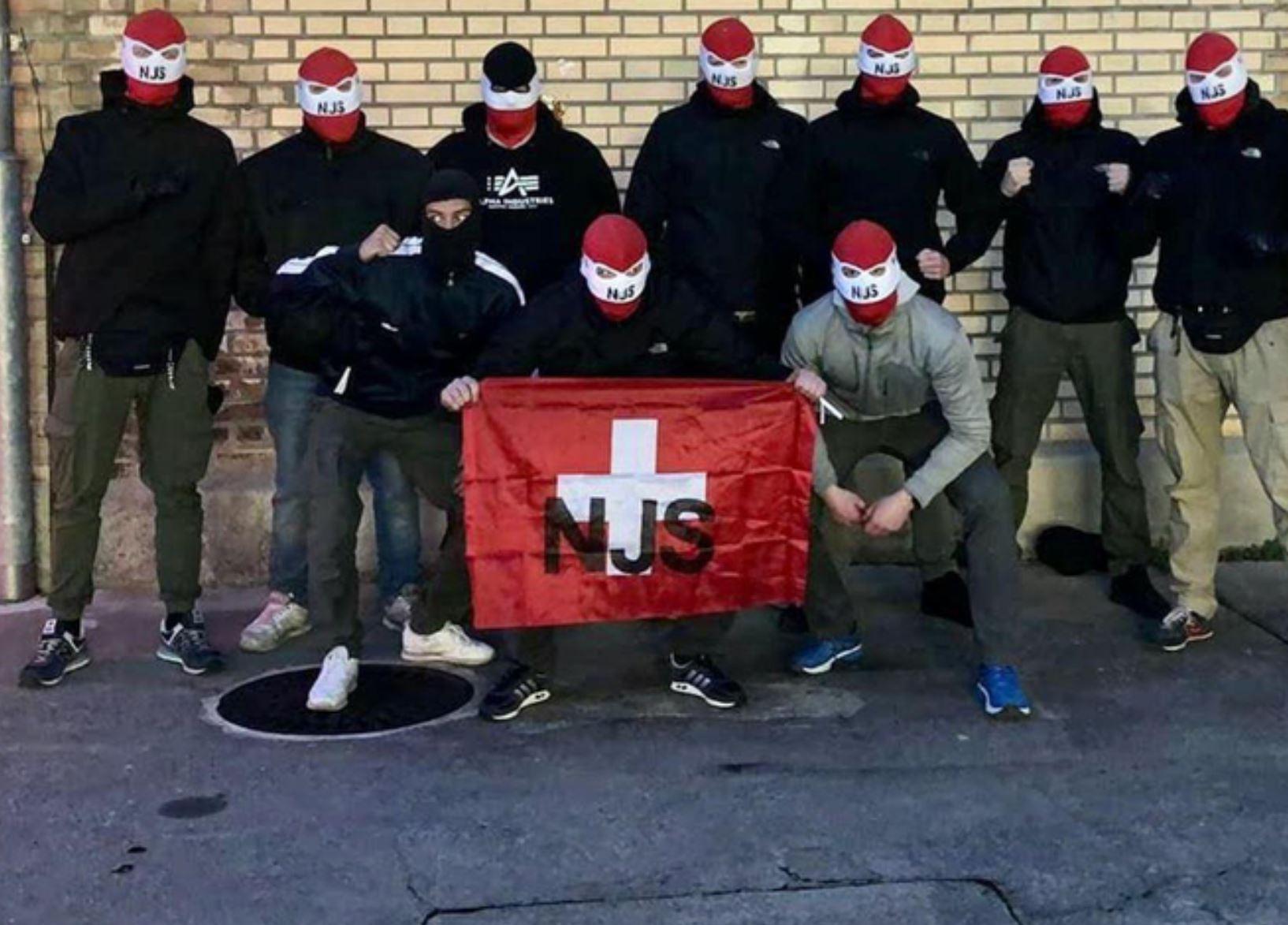 Winterthur  Sekuestrohen armë gjatë bastisjes së një grupi neonazist