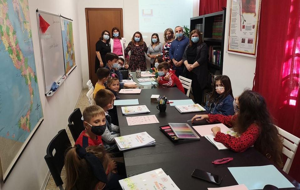 Filloi mësimi i gjuhes shqipe në Parma të Italisë