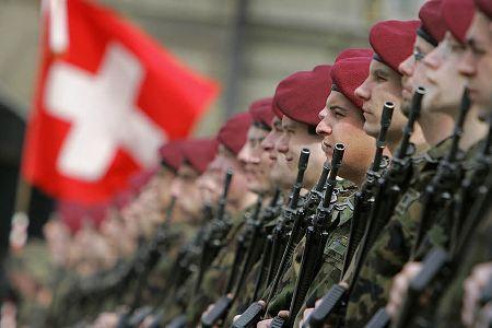 Në ushtrinë zvicerane të pranohen edhe ushtarët me mbipeshë